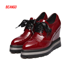 BEANGO 2017 New Retro Spring Women Platform Shoes Pointed Toe Patent Leather Lace Up Footwear Female