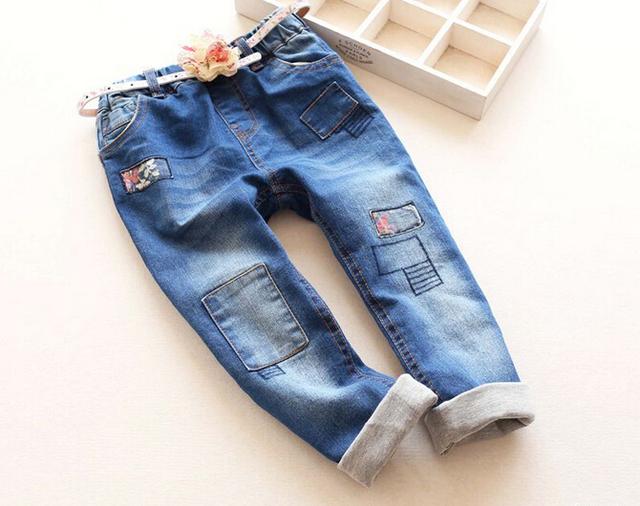 Nova Chegada Do Bebê Meninas Moda Denim Calça Jeans Meninas Outono Inverno Double-tecido de Jeans Crianças Calças Compridas Com Cinto Floral