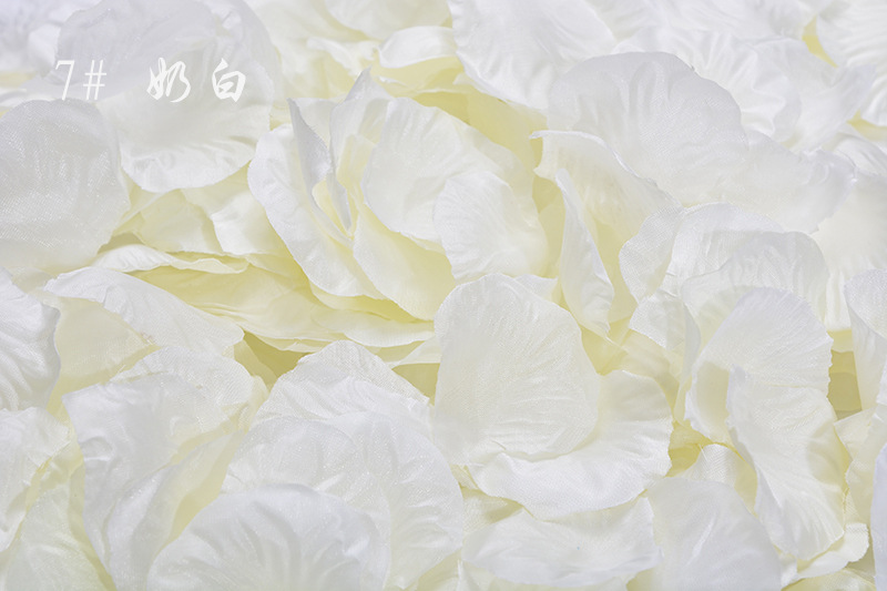 200pcs Lifelike Artificial Silk Red Rose Petals Decorations For Wedding Party H1