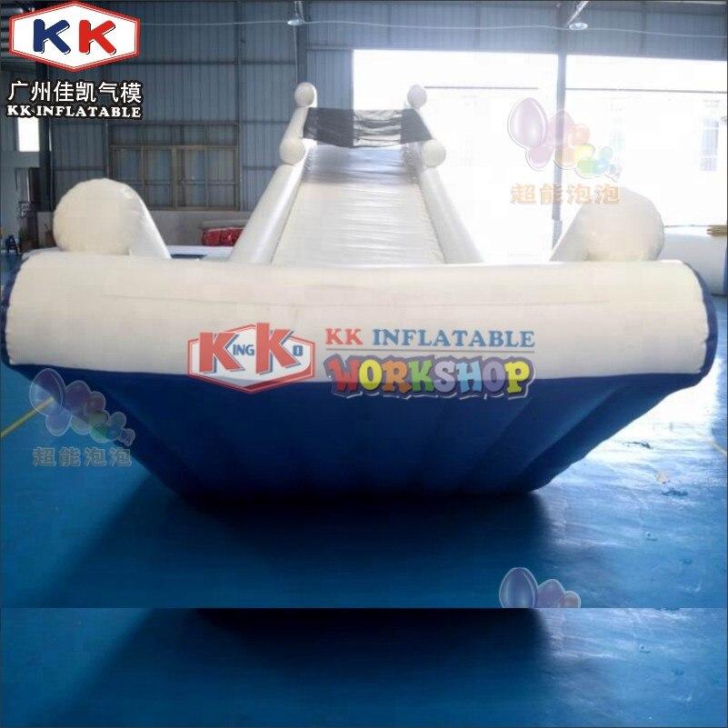 Yacht gonflable moderne de bateau de vitesse de Super Yachts, glissière d'eau gonflable géante