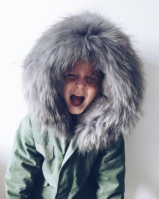 Gruesas de Invierno 2016 de Los Niños Chaquetas Abrigos brazo verde Con Capucha Cuello de Piel Sintética Niños Traje Para La Nieve Ropa de Algodón Acolchado Bebé Girls boy