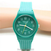New arrived casual style silicone strap wristwatches for women man gift dress watches with japan movement