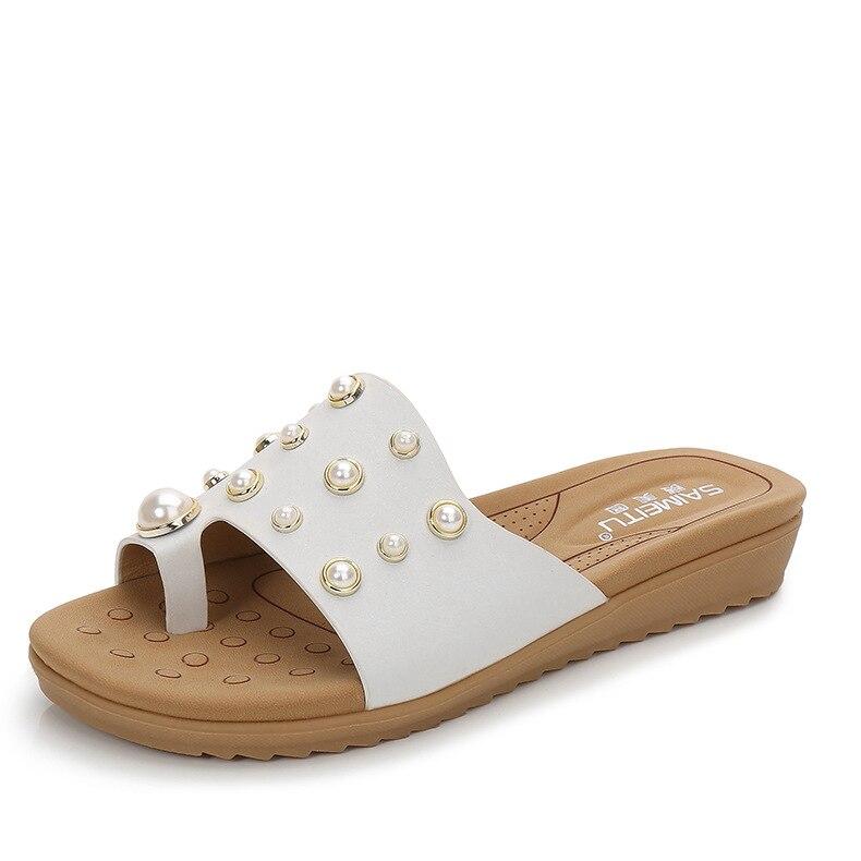 Women Flip Flops Summer Beach Sandals Pearl Slippers Genuine Leather Flat Slippers Slide Outdoor Ladies Comfortable Slipper