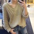 2016 Nueva Moda otoño versión Coreana de la nueva simple color sólido con cuello en v manga larga de punto flojo suéter Señora Tops D913