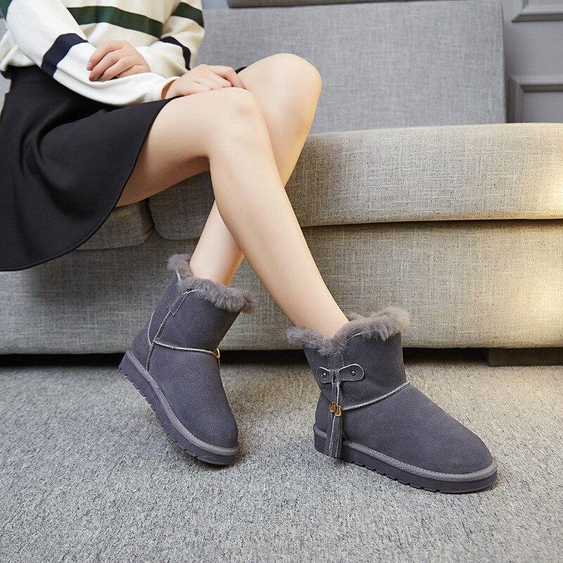 2018 nouveau automne et hiver bottes de neige plates en cuir classique épais chaud tube court bottes pour femmes.