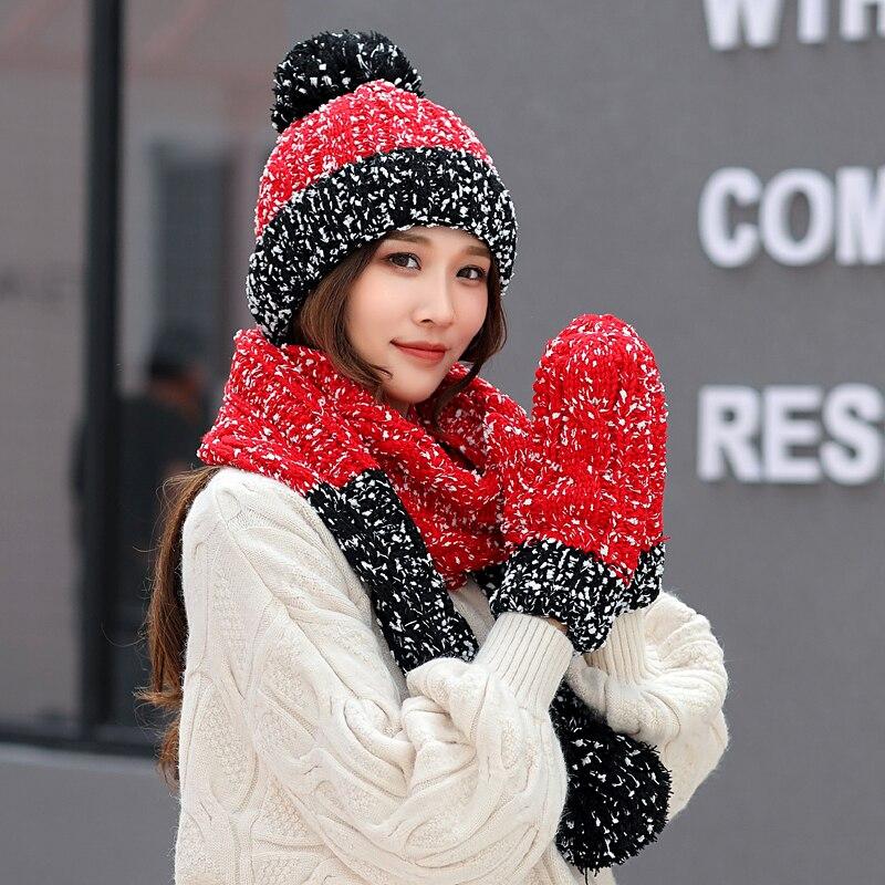 Aliexpress.com  Comprar Un conjunto de las mujeres sombreros de invierno  lindo guantes bufanda Set 3 piezas de copo de nieve de punto grueso sombrero  cálido ... 5b809a8be4f