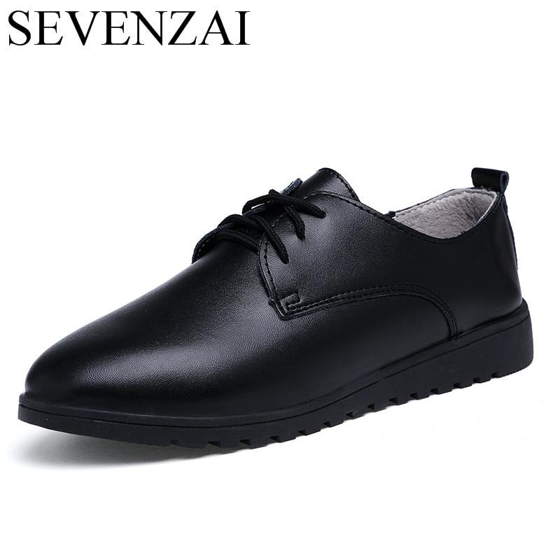 Moda mujer cuero casual zapatos italianos pisos marca de lujo mocasines señoras cómodas zapatillas coreano blanco hembra foowear en Pisos de las