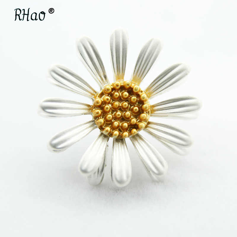 RHao Enamel White Sun Flower Brooches Corsage Daisy Clothes Accessories For Women Scarf Buckle Sweater Sunflower Brooch Pin gift