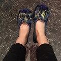 Venta caliente de las mujeres 2016 del otoño del resorte de cuero genuino mocasines mocasines resbalón en los zapatos del barco plano de la flor hecha a mano de la flor grande 41 tamaño
