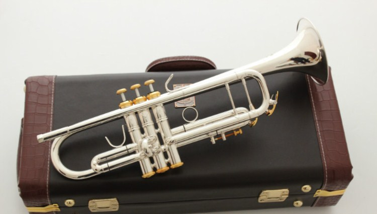 все цены на High Quality Bach Trumpet Music Instrument LT180S-72 Silver Plated B flat Trumpet Professional Performance With case Free