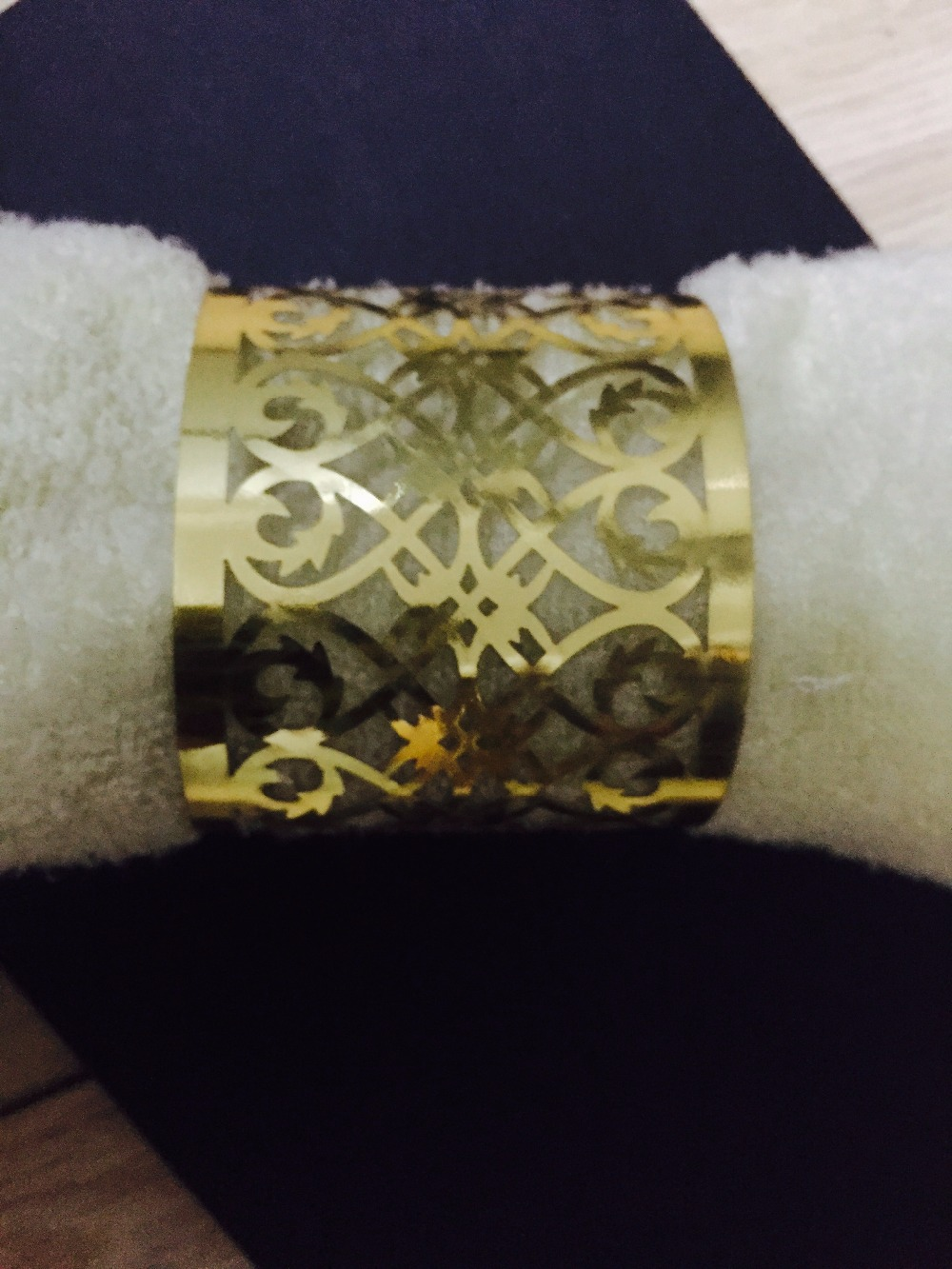 50pieces Metallic Gold Color Towel Wrappers,Laser Cut