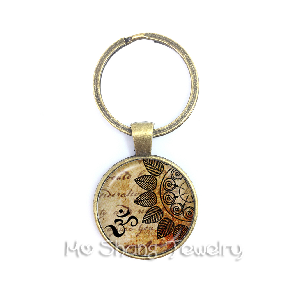 Om Ohm Aum Namaste Yoga Symbol Key chain Charming Bright Colorful OM Logo Keychain Pretty Indian Style Women Jewelry Gift