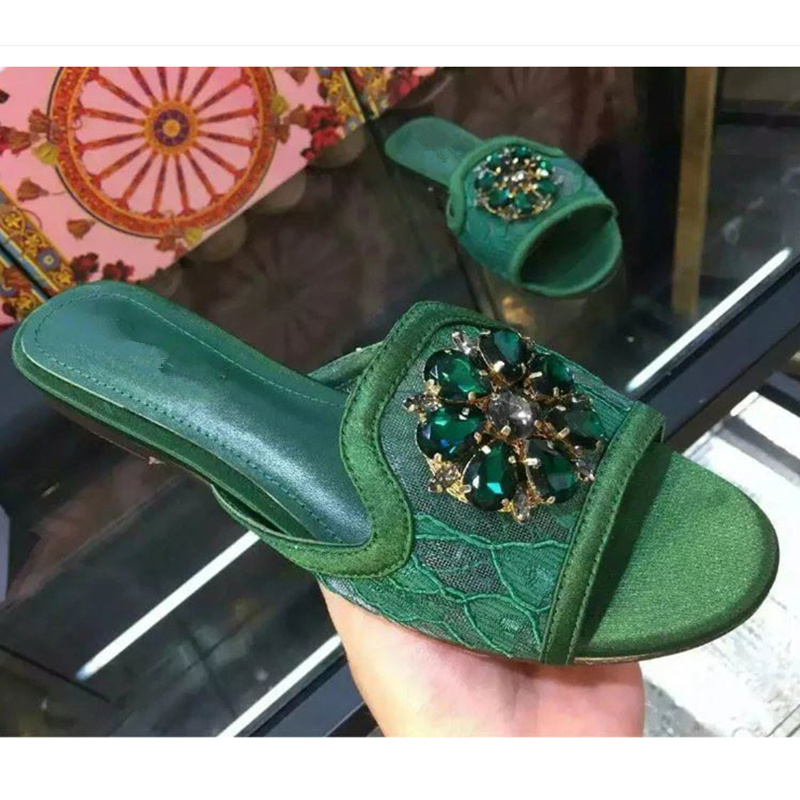 Crystal Flower Decor Women Slipper Summer Beach Shoes Women Flats Lace Sexy Shoes Woman Slides Brand Designer Runway Tide Shoes