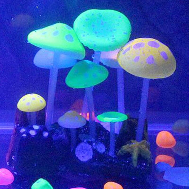 1pcs Aquariums Accessories Artificial Coral Reef Glowing Lotus Leaf Mushroom luminous Stones Fish Tank Decoration with Sucker S2