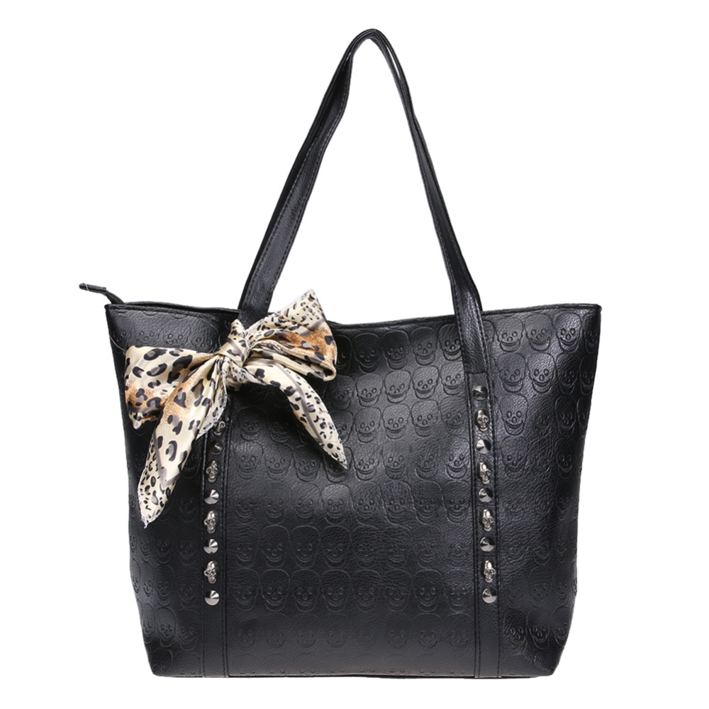 Women leather handbags Skull bag with Scarf women bolsa feminina large tote women hand bag rivet bag sac a main femme en cuir fashionable women s tote bag with embossing and rivet design