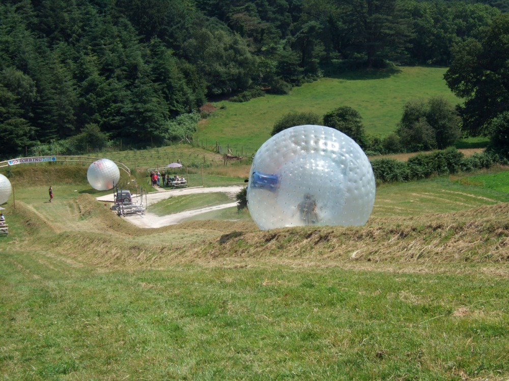 Free Shipping 3m Rolling Ball On Grass Inflatable Bumper Ball/ Zorb Ball/Inflatable Human Hamster Balls