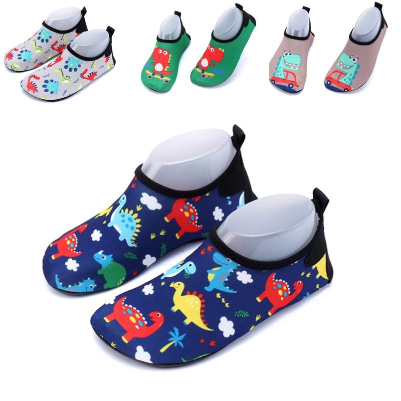 Cartoon print cute water shoes kids barefoot Slippers beach shoes children boys girls diving socks sneakers for pool Surf swim