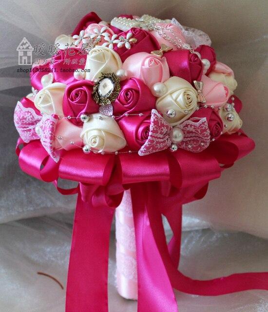 Bouquet Sposa Fucsia.Us 49 99 2017 Nuziale Della Damigella D Onore Wedding Bouquet A Buon Mercato Nuovo Lusso Fucsia E Rosa Handmade Artificiale Nozze Fiori Bouquet Da