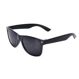 Image 3 - ใหม่มาถึงสีดำ Unisex Vision Care PIN Hole ตาการออกกำลังกายแว่นตา Hole แว่นตาสายตาปรับปรุงพลาสติกมีหูคุณภาพ