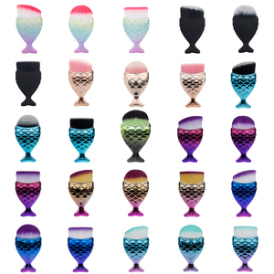 Image 1 - Fld 1Pcs Professionele Mermaid Vorm Make Up Brush Foundation Cosmetische Vis Borstel Makeup Tools Kit Poeder Gezicht Blush Brush