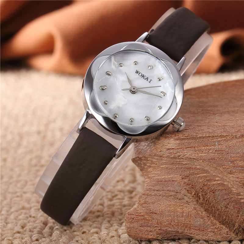 New Women's Watch Fashion Sports Digital Wristwatches Leather Small and Exquisite Bracelet Watches Free Shipping Sale