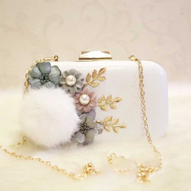 2017 Women Leather Handbags Handmade Flowers Day Clutches Small Evening Bag Plush Fur Clutch Party Purse