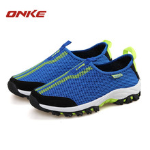 ONKEN 2018 new sports men's sports shoes spring and summer breathable mesh sports shoes men's outdoor ultra light running shoes 2018 spring and summer new ultra light polyurethane at the end of hand stitched fish head embroidered shoes women s single shoes