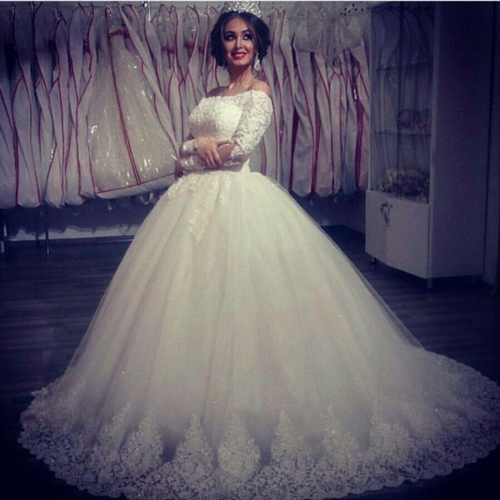 Off shoulder saudi arabia ball gown wedding dresses lace for Very puffy wedding dresses