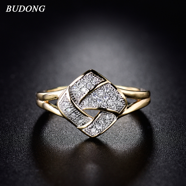BUDONG Luxury Fashion Twisted Finger Band for Women Gold-Color Infinity Ring Cry