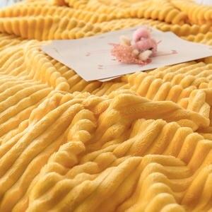 Image 2 - Bonenjoy البطانيات للأسرة بلون أصفر لينة الدافئة 300GSM منقوشة ساحة الفانيلا بطانية على السرير سماكة رمي بطانية