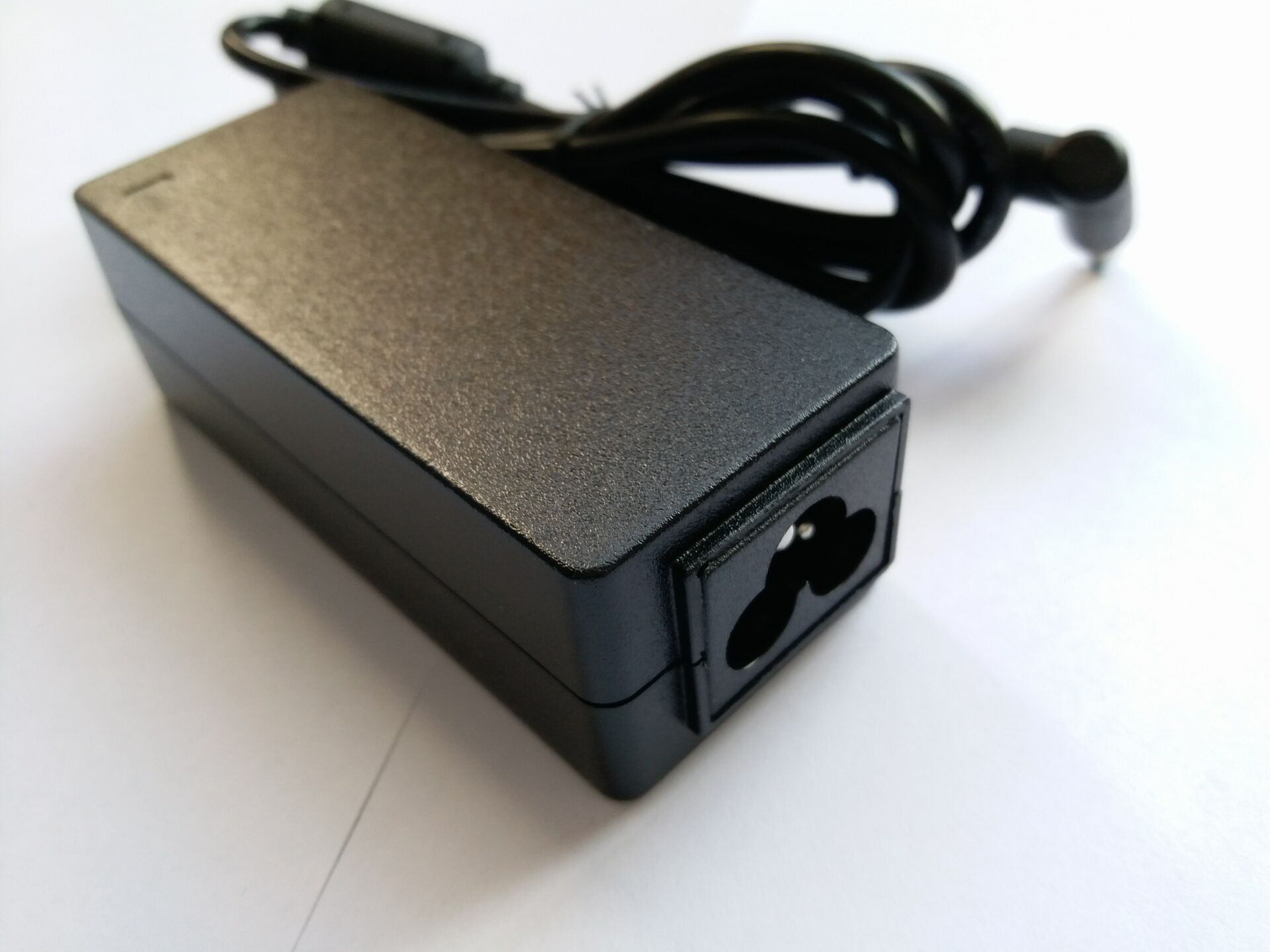 yanw AC Adapter Charger for Asus X453m X453MA F553M X553MA D553MA 15.6 Power Supply