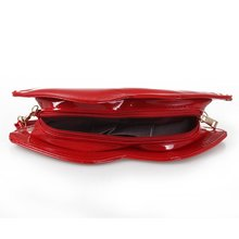 Sexy Red Lips Shoulder Chain Clutch Bag