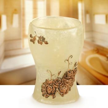 The European Cup banquet bathroom bathroom ceramic cup simple non resin Su couples toothbrush holder gargle cup