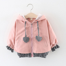 2019  Baby Girls Hooded Zipper Jackets Coats Spring Patchwork Plaid Print Outwear Kids Heart Appliques Clothes Children
