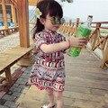 2016 novo verão de roupas infantis do bebê do sexo feminino menina meia manga vestido étnico Van Tassel Estilo Tailândia de Praia Pom pom vestidos