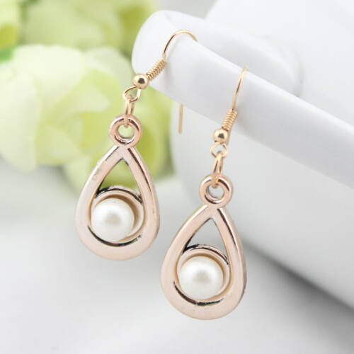 E270 Fashion Accessories Gilded Pearl Earring 2017 Latest Styles Jewelry Whole Earrings For Women
