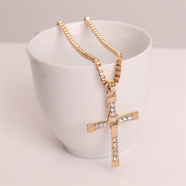 Cross Necklaces Choker...