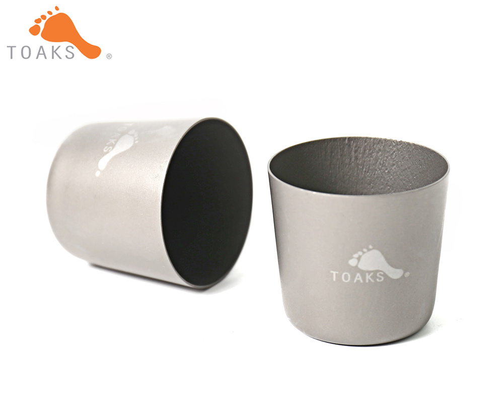 TOAKS SG-02 Titanium Shot Glass 2pcs High Quality Portable Wine Whisky Drinkware For Camping Outdoor 30mlTOAKS SG-02 Titanium Shot Glass 2pcs High Quality Portable Wine Whisky Drinkware For Camping Outdoor 30ml