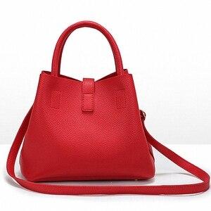 Image 4 - DAUNAVIA  2020 Vintage kadın çanta ünlü moda marka şeker omuz çantaları bayanlar tote basit trapez kadın askılı çanta