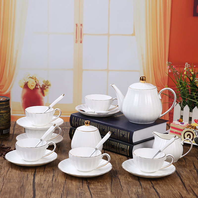15 Pcs Sets European Style White Ceramic Painted Gold Coffee Cup Pot Suit Bone China Afternoon Tea Set Home Porcelain Coffee Set