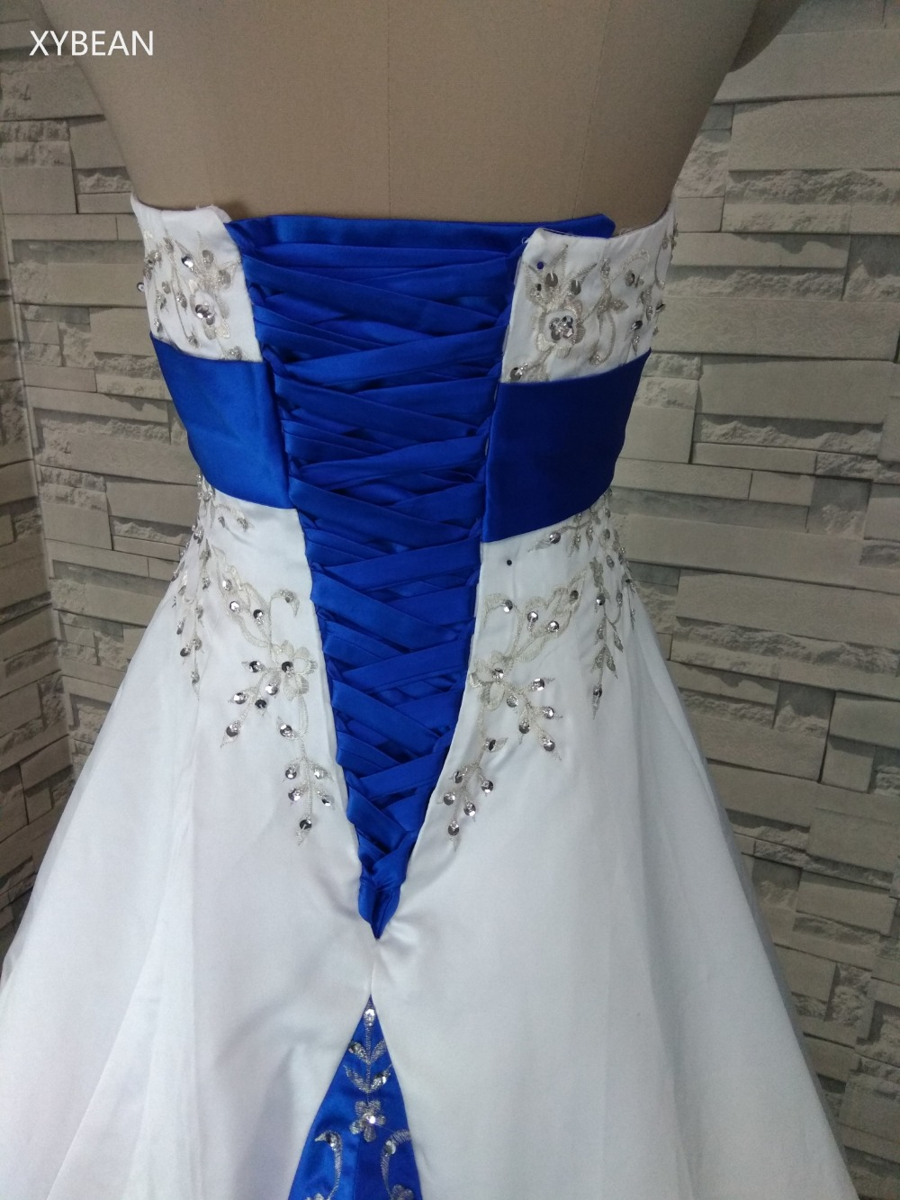 2018 livraison gratuite perles broderie une ligne bretelles avec Train bleu et blanc robes de mariée - 4