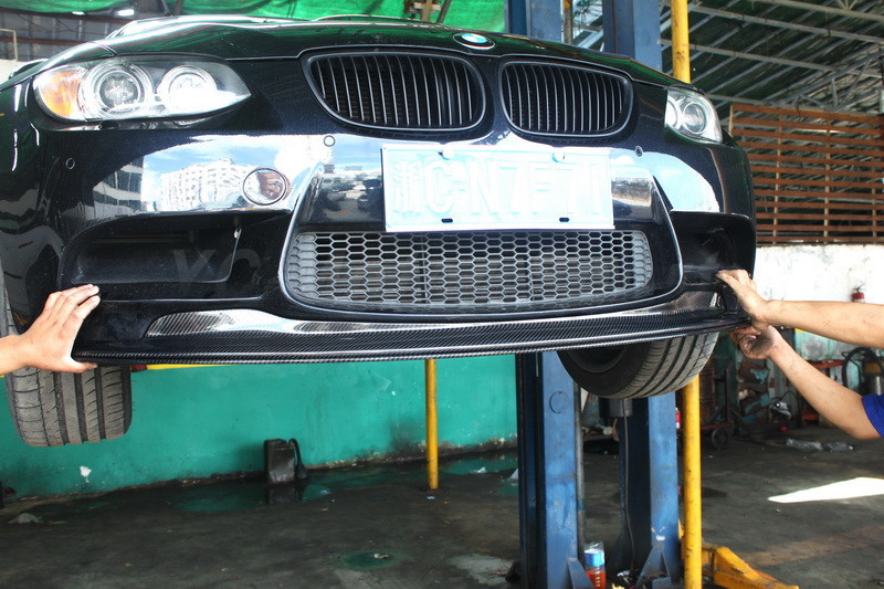 Car Accessories Carbon Fiber GTS II Style Front Lip 2pcs Fit For 2008-2012 E90 E92 E93 M3 Front Bumper Lip olotdi carbon fiber front lip spoiler gts style front bumper for bmw e92 e93 m3 bumper car styling accessories factory