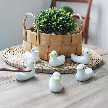 1 set Zakka Cute  ceramic  Chopstick Stand Rest spoon holder Chop stick holder home decor kitchen organizer 3