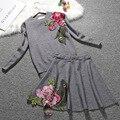 Nueva marca de ropa de las señoras pesada bordado de flores retro falda elegante traje ocasional gorgeous vintage camisa de punto + una falda de línea