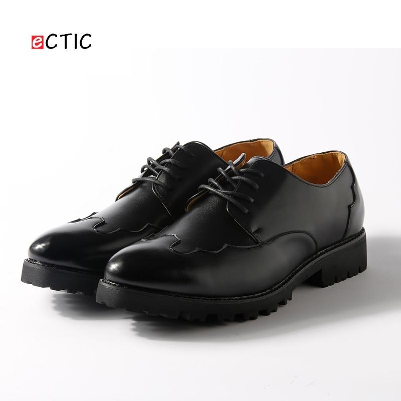 Bonito Preto Sapatos De Brogue Novos Flats Alta Qualidade Apontado 2017 Vestir Chegada Negócios Homens Casamento Oxfords Dedo 0U6x4qz