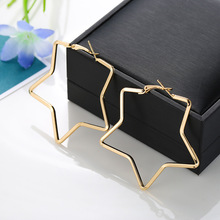 Five-pointed star alloy hoop earrings for women popular earrings and summer 2019 jewelry H15 цена