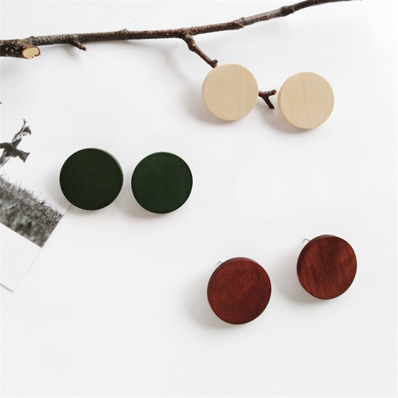 7753b19c8 Detail Feedback Questions about XEDZ Creative Korean Simple Retro Geometric  Wooden Earrings Wild Round Fashion Ladies Accessories Ear Clip Jewelry on  ...