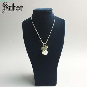 Image 4 - Pendant Frog silver color Green Zirconia For Women Gift Key Chains Jewelry Pendant Fit Necklace thomas