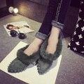 2016 Женская Мода Роскошные Vogue Женская Обувь Заклепки Плоские Туфли Острым Носом Высокое Качество Кожа Балетки Удобные теплые Горох s