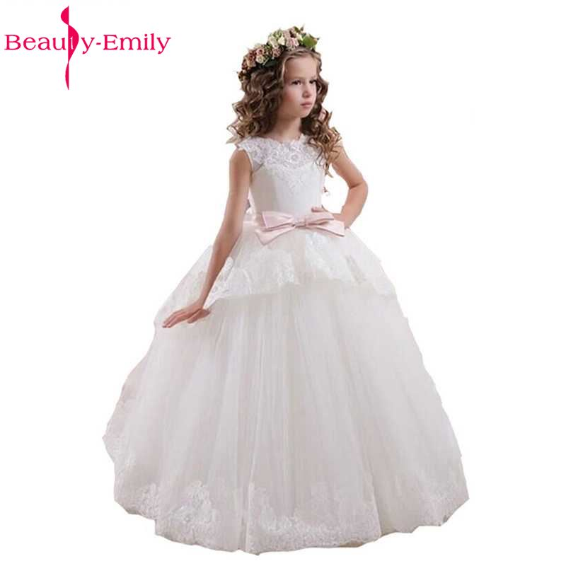 Beauty Emily Wedding Party White   Flower     Girl     Dresses   2018 Lace Appliques Puffy   Girls   Pageant Gowns Hollow Lace Up Bow Sash